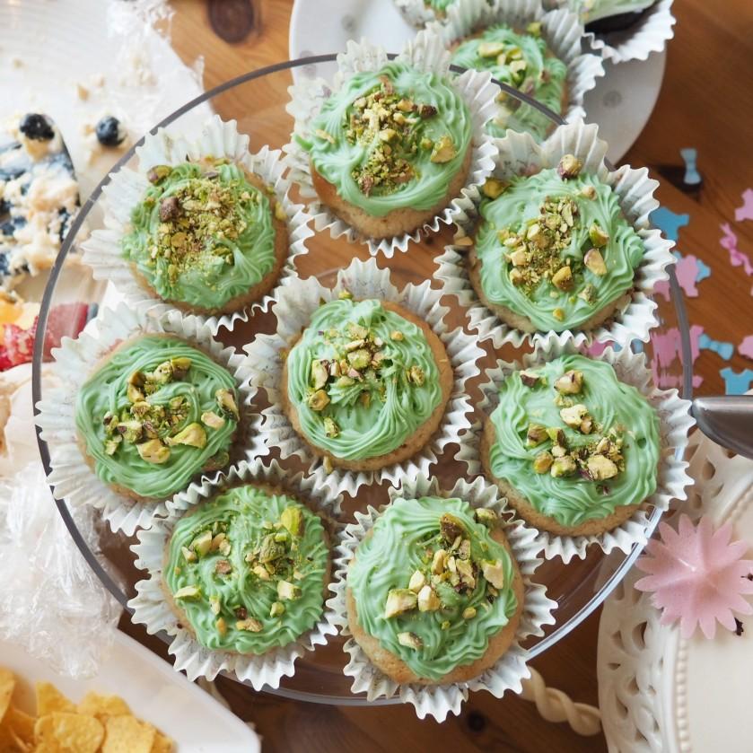 cupcakes, vegan, rosewater cupcakes